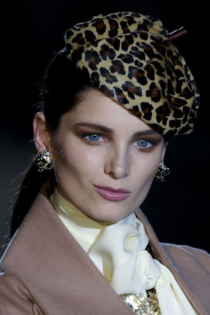1377767660_womens_fashion_hats_autumn_winter_2013_2014_14