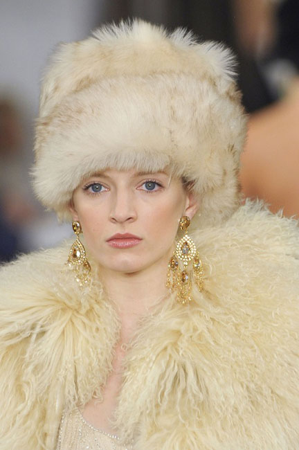 1377767662_womens_fashion_hats_autumn_winter_2013_2014_01