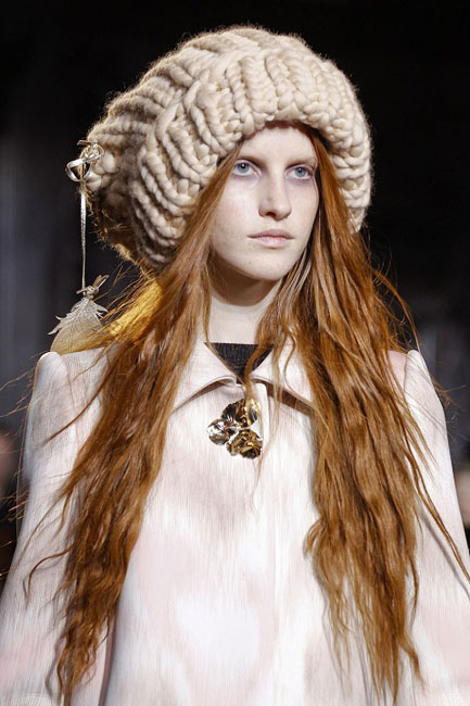 1377767687_womens_fashion_hats_autumn_winter_2013_2014_11