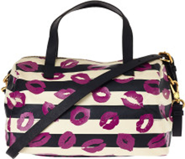 marc-by-marc-jacobs-navy-navy-eazy-lips-print-bowling-bag-product-2-6956851-287784029