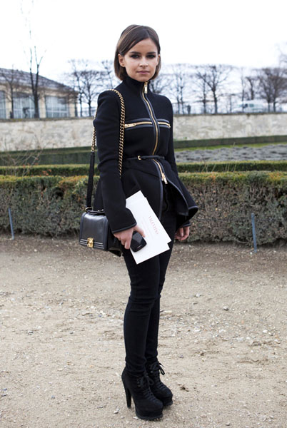 PARIS - MARCH 06: Miroslava Duma fashion journalist wearing a Chanel bag and Azzadine Alaia shoes at Paris Fashion Week Autumn/Winter 2012 womenswear shows on March 6, 2012 in Paris, France. (Photo by Kirstin Sinclair/Getty Images)