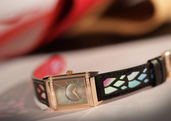 Christian-Louboutin-Designs-Jaeger-Lecoultre-Reverso-Watch-Collection-jlc-luxury-news-jewelry
