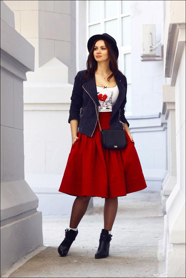 biker-jacket-crew-neck-t-shirt-full-skirt-ankle-boots-crossbody-bag-hat-socks-original-10492