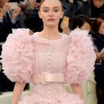 дочь Джони Деппа — муза на показе Chanel